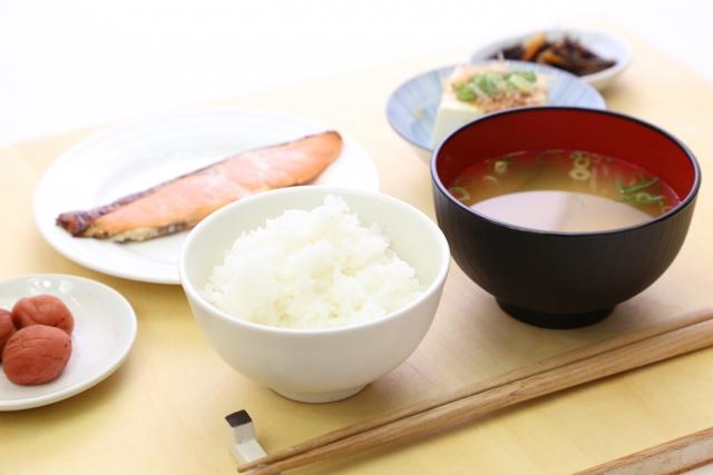 ワキガ対策はクリアネオと和食で改善しました|生活習慣が変わる!
